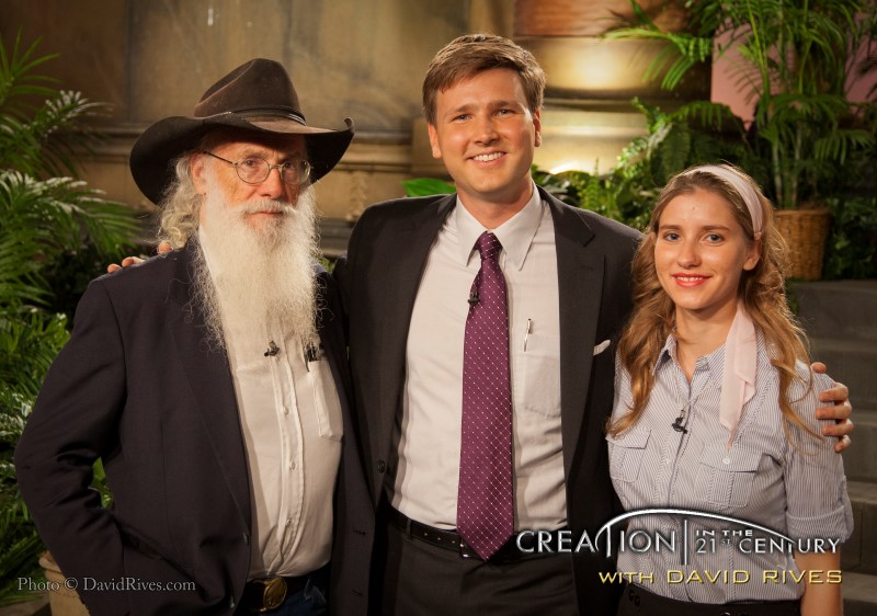 """""""Creation in the 21st Century"""" episode: """"Inside The Paleontology Lab"""" with guest Joe Taylor and Sara Bruegel of """"Mt. Blanco Fossil Museum"""""""